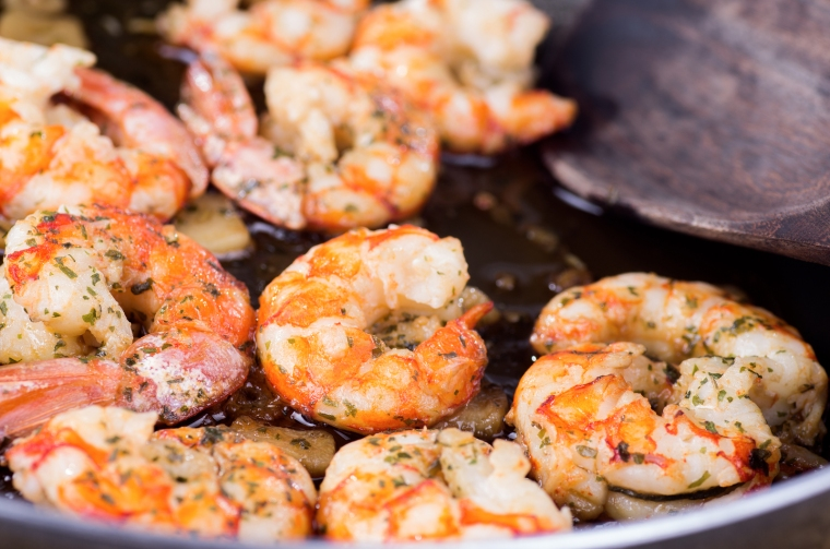 bigstock-Cooking-With-Prawns-And-Garlic-45955618 (1)